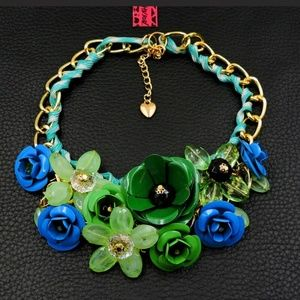 New Betesy Johnson blue/green flower necklace